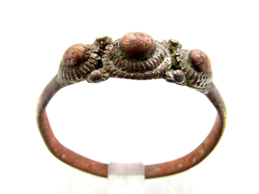 Late Medieval Tudor Bronze Ring with 3 Spikes