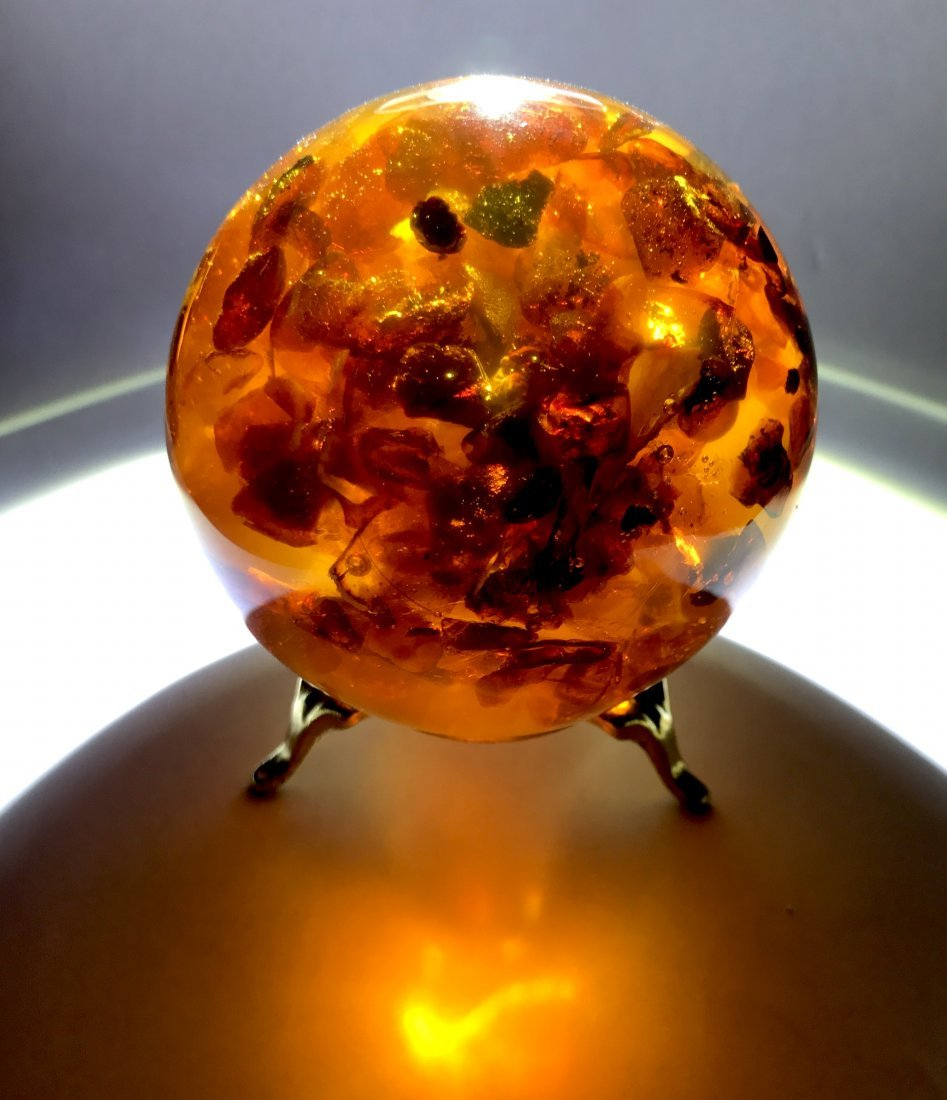 Fine sphere ø74mm with Baltic amber 252 gr