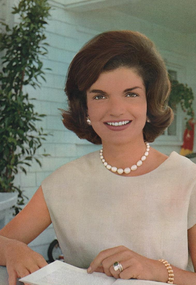 ALFRED EISENSTAEDT - Jackie Kennedy, 1960