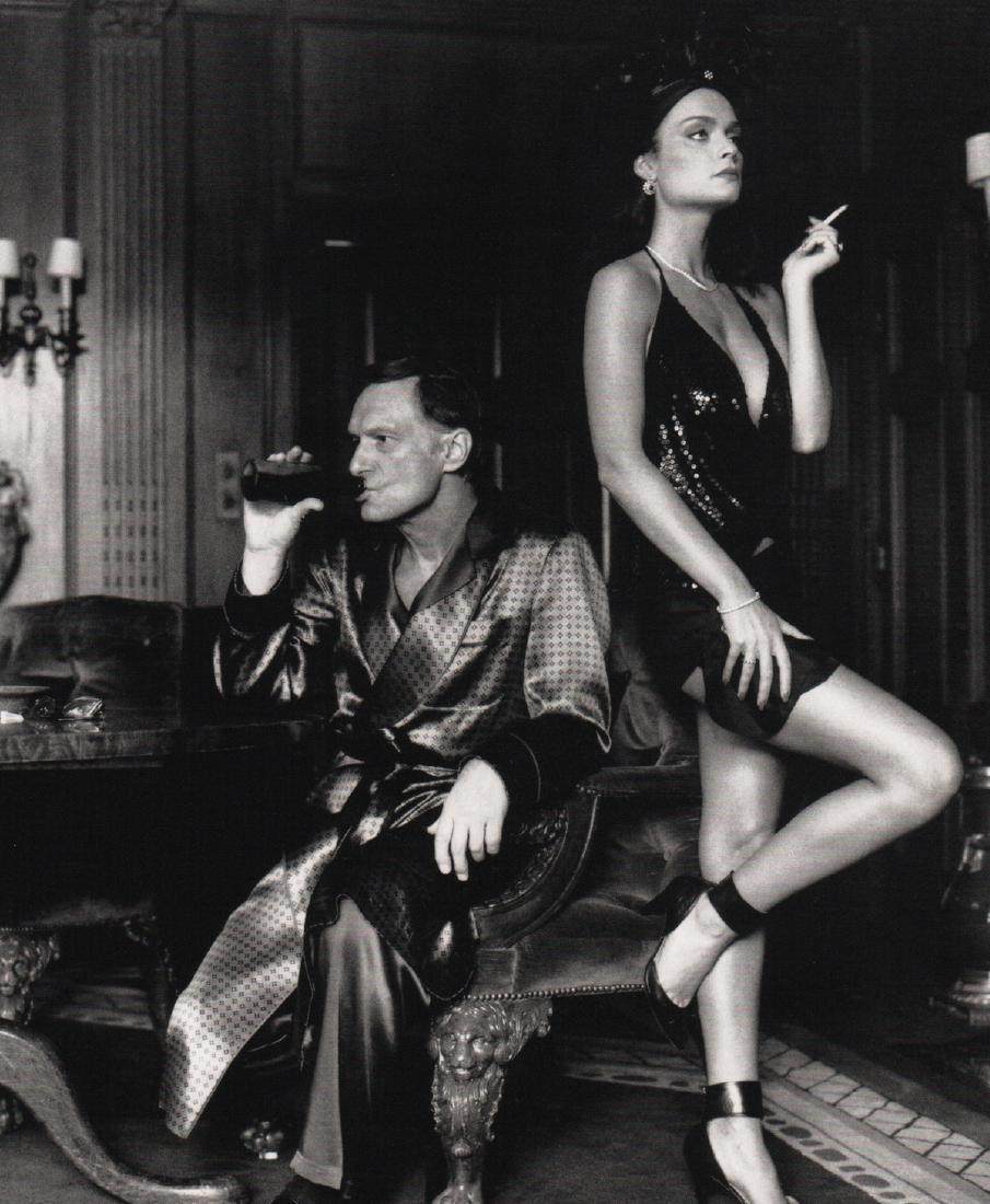 HELMUT NEWTON - Hugh Hefner & Carrie Leigh
