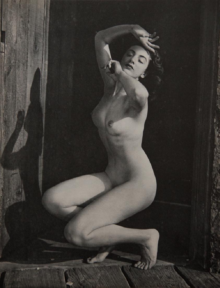 ANDRE DE DIENES - Posed Nude