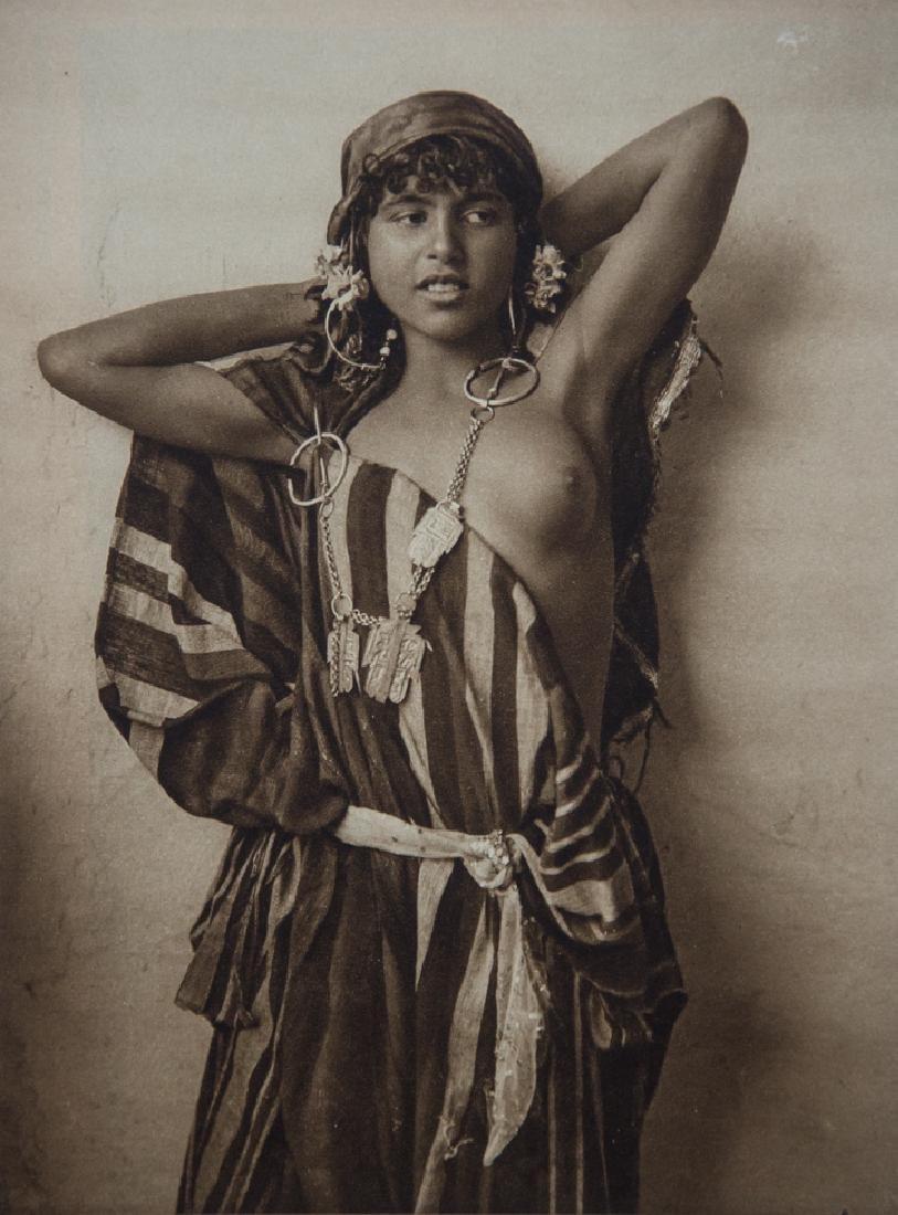 LEHNERT & LANDROCK - Tunisian Bedouin Girl