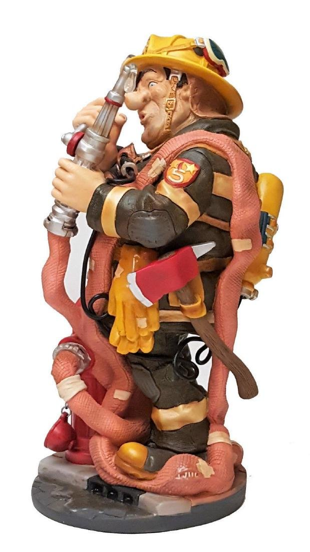 Profisti Collection: Fireman statue
