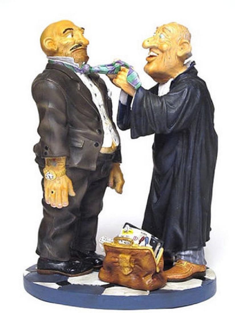Profisti Collection: Lawyer statue