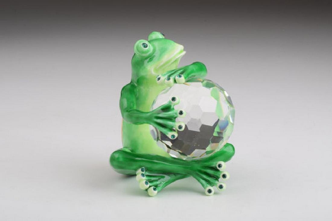 Fabergé Style Frog Trinketbox with Crystal