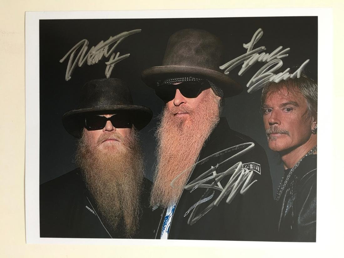 ZZ TOP MULTIPLE SIGNED PRESS PHOTO