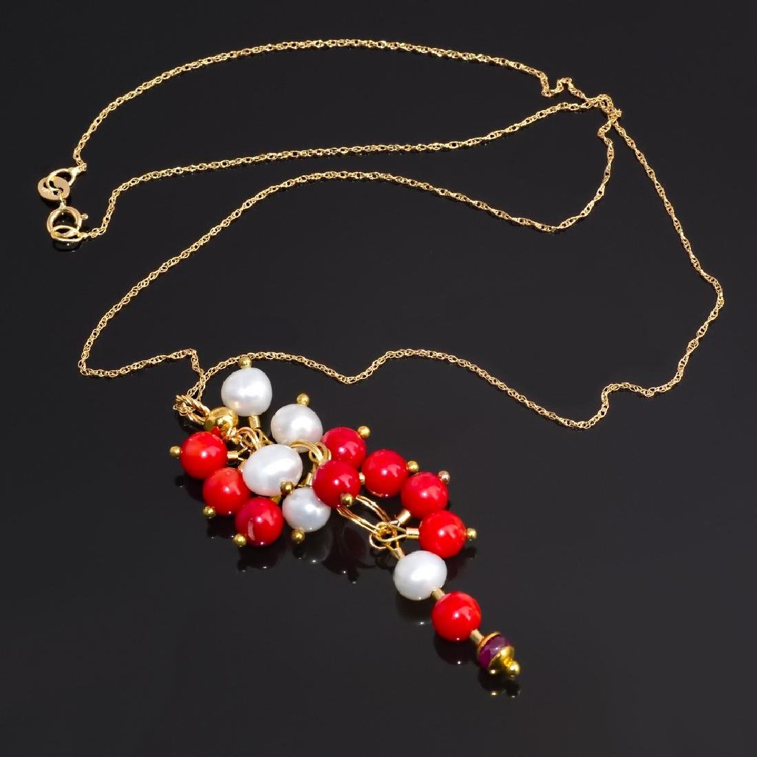 18k Colier with Cluster Coral, Pearl and Ruby Pendant