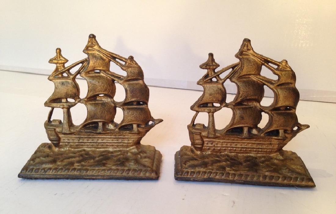Cast Iron Constitution Book Ends