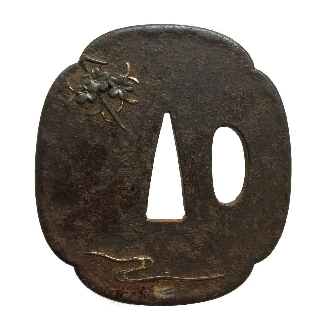 Iron tsuba with shibuichi inlay - 2