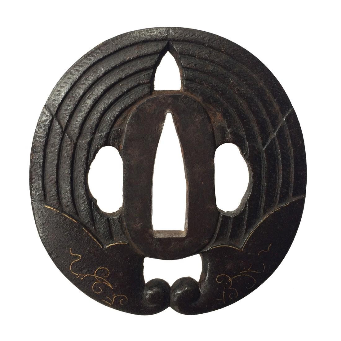 Tsuba with wild ginger family crest - 2