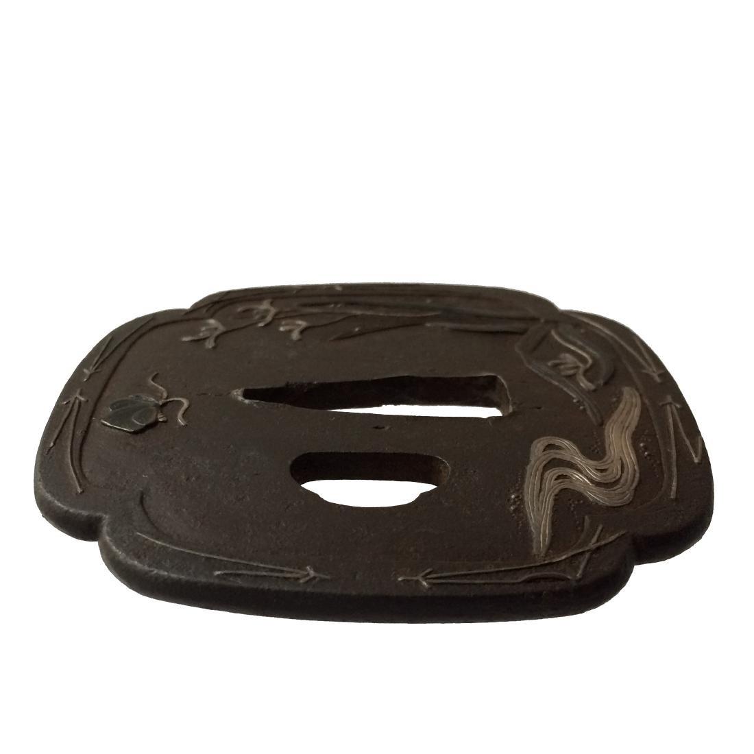 Iron tsuba with silver and shakudo inlay - 3
