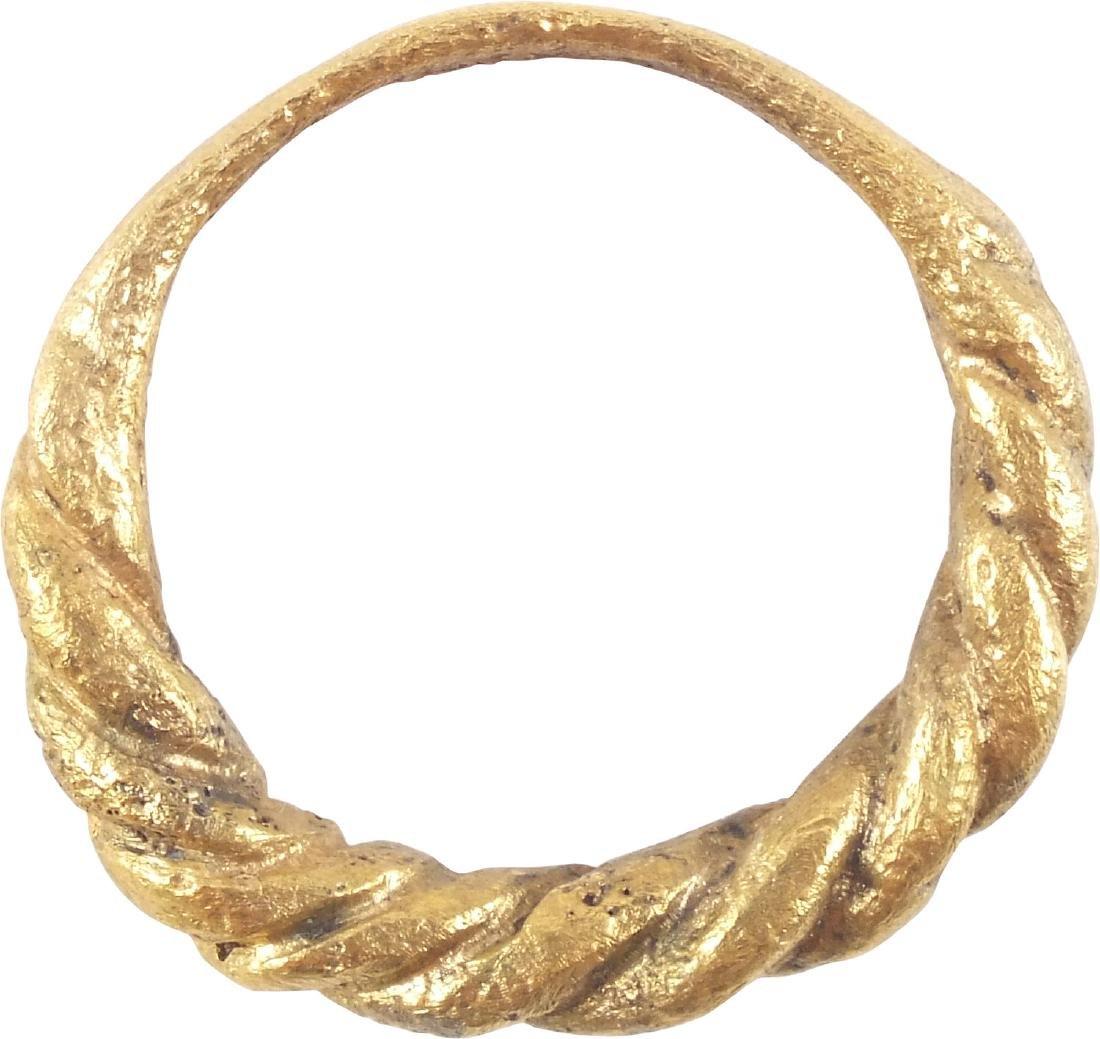 VIKING MAN'S RING 850-1150 AD - 2