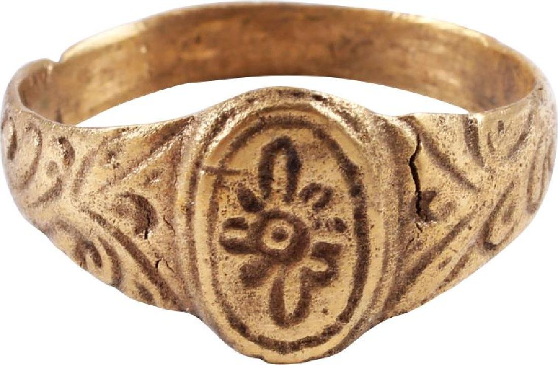 FINE EARLY CHRISTIAN RING, EASTERN ROMAN C.7th-10th