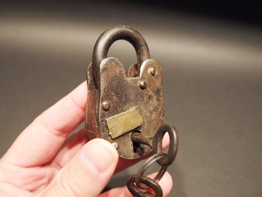 Wrought Iron Trunk Chest Box Lock Key Padlock