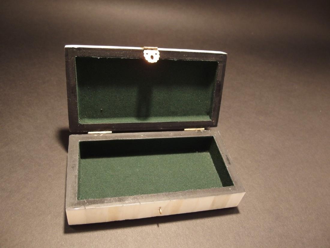 Folk Whale Chase Scrimshaw Bone & Wood Trinket Box - 4