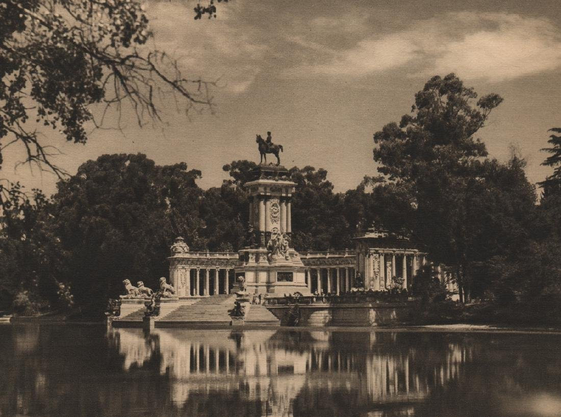 JOSE ORTIZ ECHAGUE - Monument to Alfonso XII