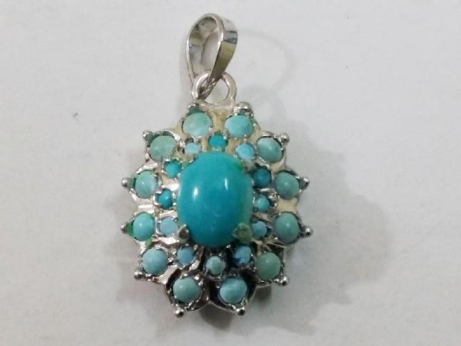 925 Silver Pendant with Natural Turquoise Gemstones