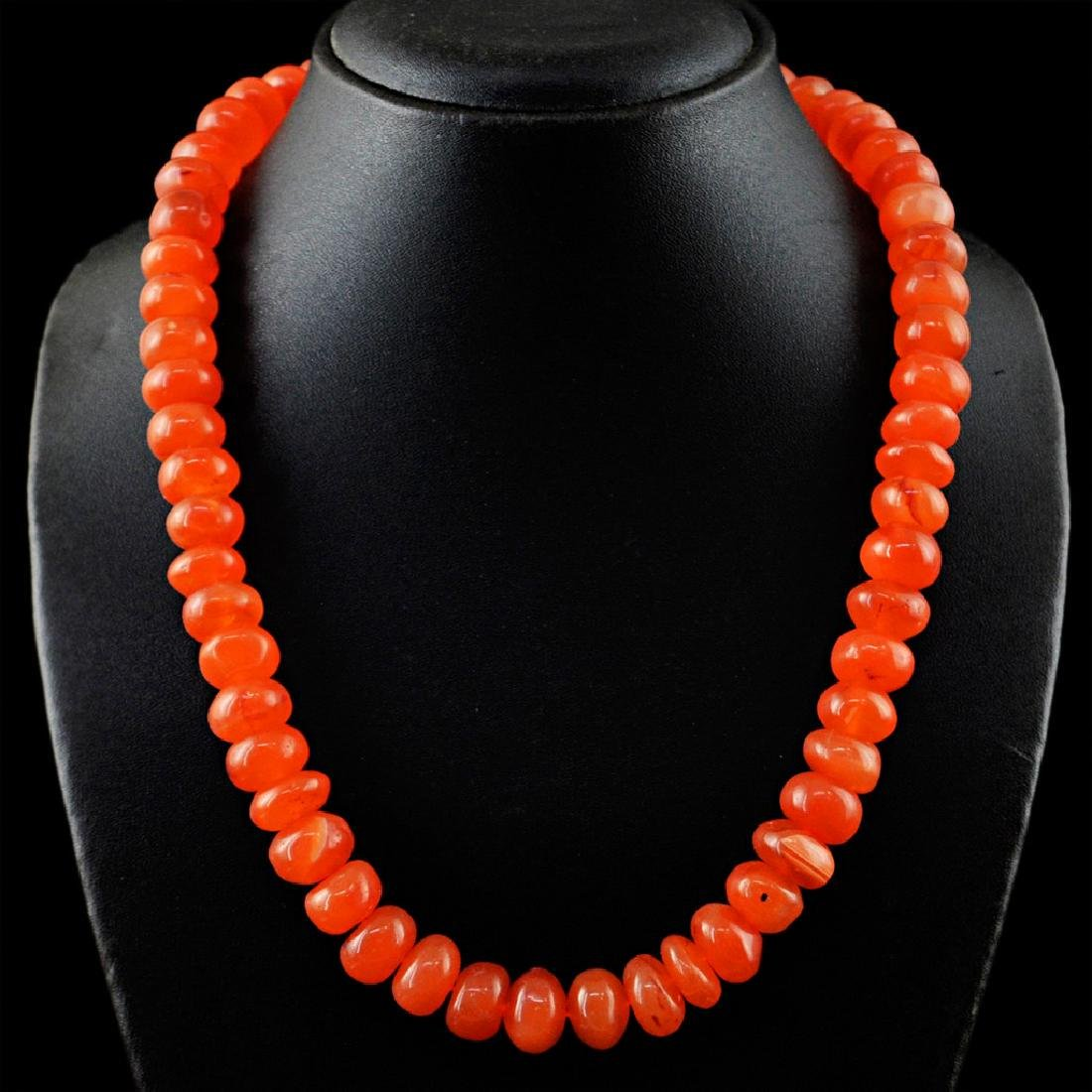 Carnelian necklace with 18 kt (750/1000) gold, length