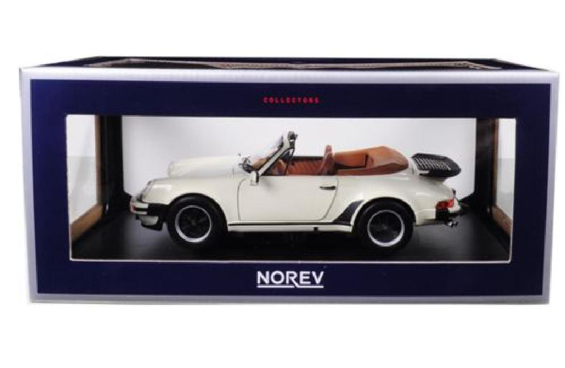1/18 Scale Porsche 911 Turbo Convertible 1987 - Ivory
