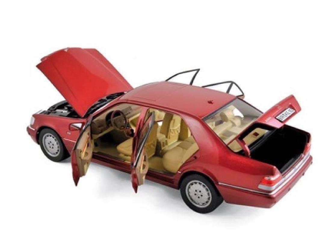 1/18 Scale Mercedes benz S500 1997 - Metallic red
