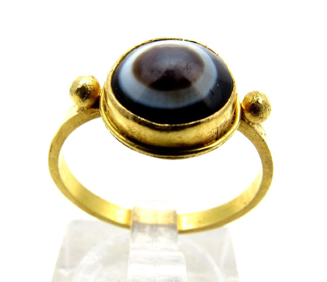 Ancient Roman Gold Ring with Agate Stone in the Bezel