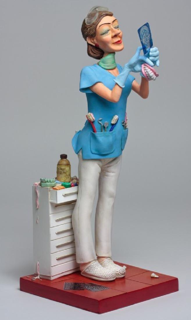 Guillermo Forchino - Lady Dentist - Comic Art statue