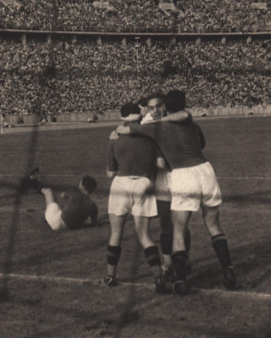 LENI RIEFENSTAHL - Italy, Olympic football winners