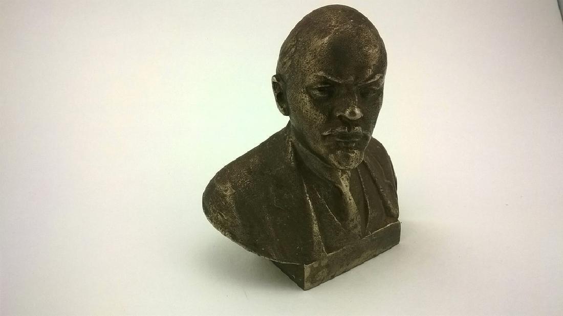 Old sculpture Statue Russian revolutionary of V.I. - 5