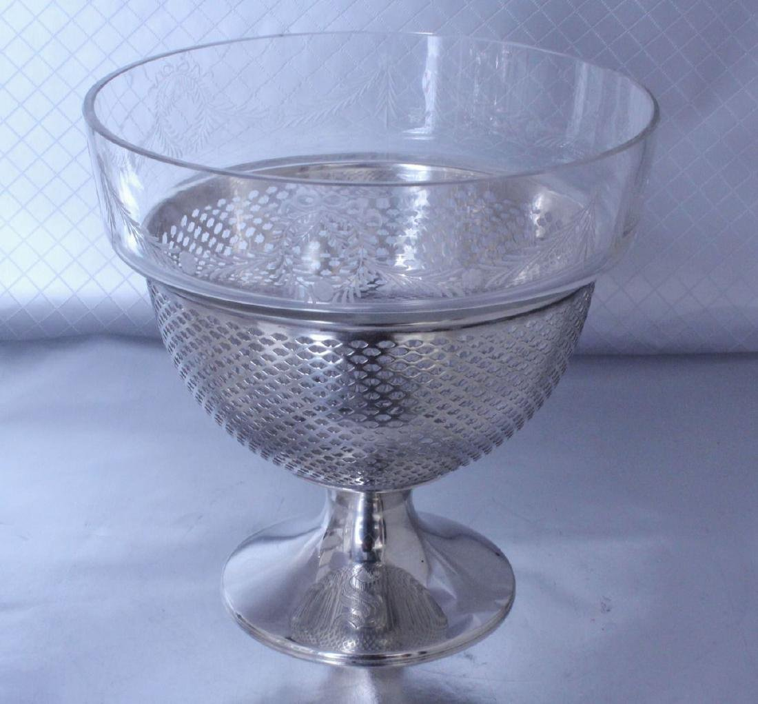 nternational Silver Footed Bowl Wheel Cut Glass Bowl - 2