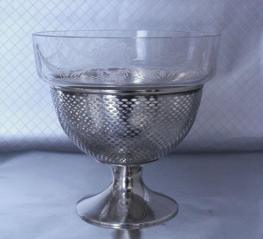 nternational Silver Footed Bowl Wheel Cut Glass Bowl - 3