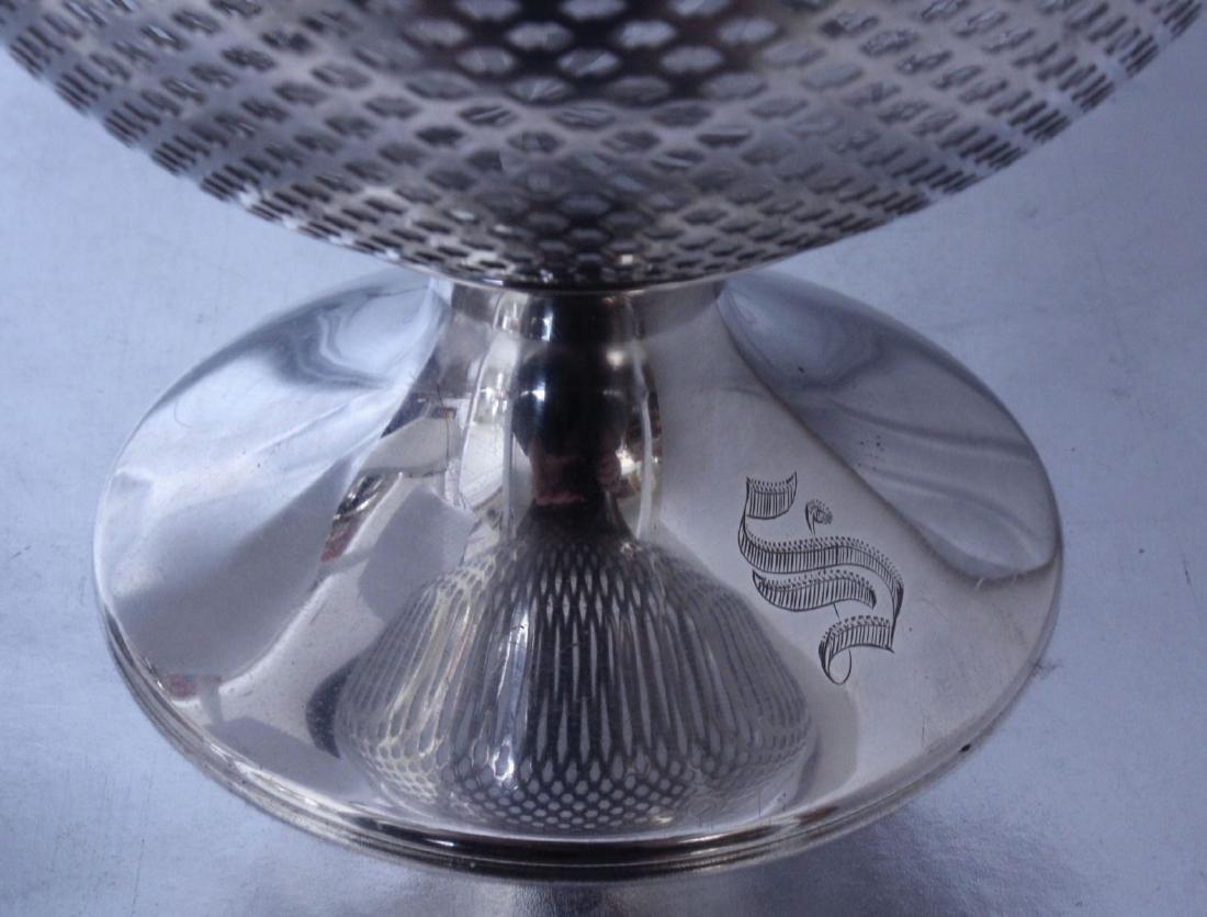 nternational Silver Footed Bowl Wheel Cut Glass Bowl - 5