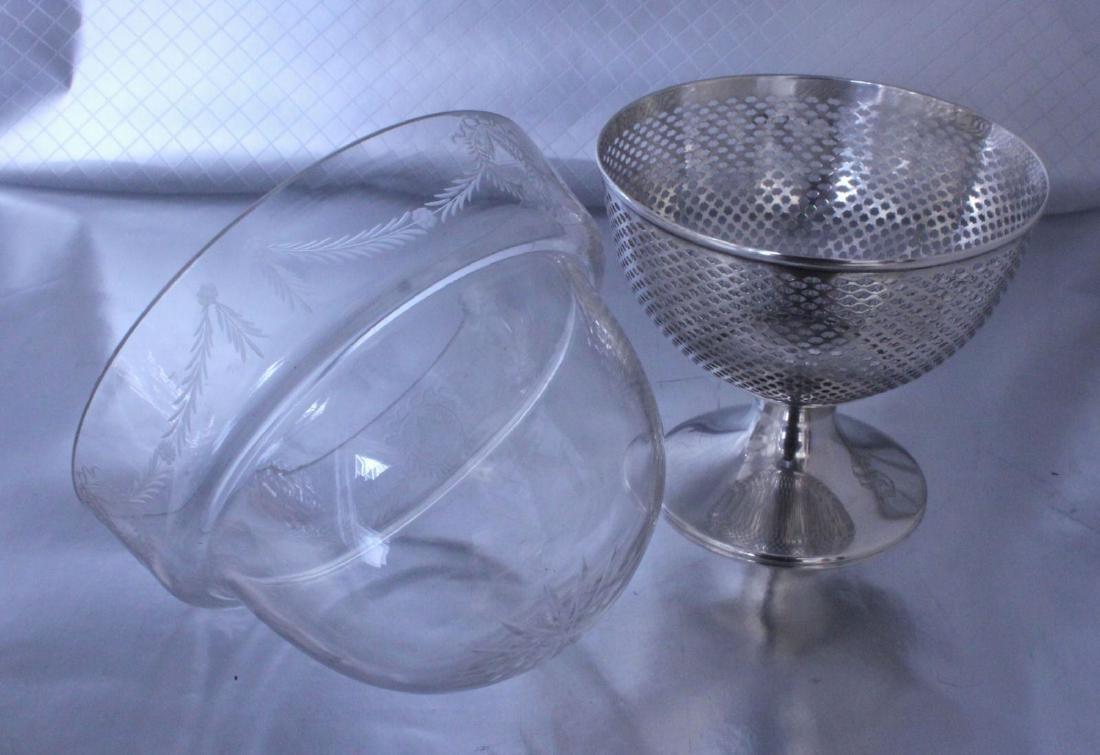 nternational Silver Footed Bowl Wheel Cut Glass Bowl - 7