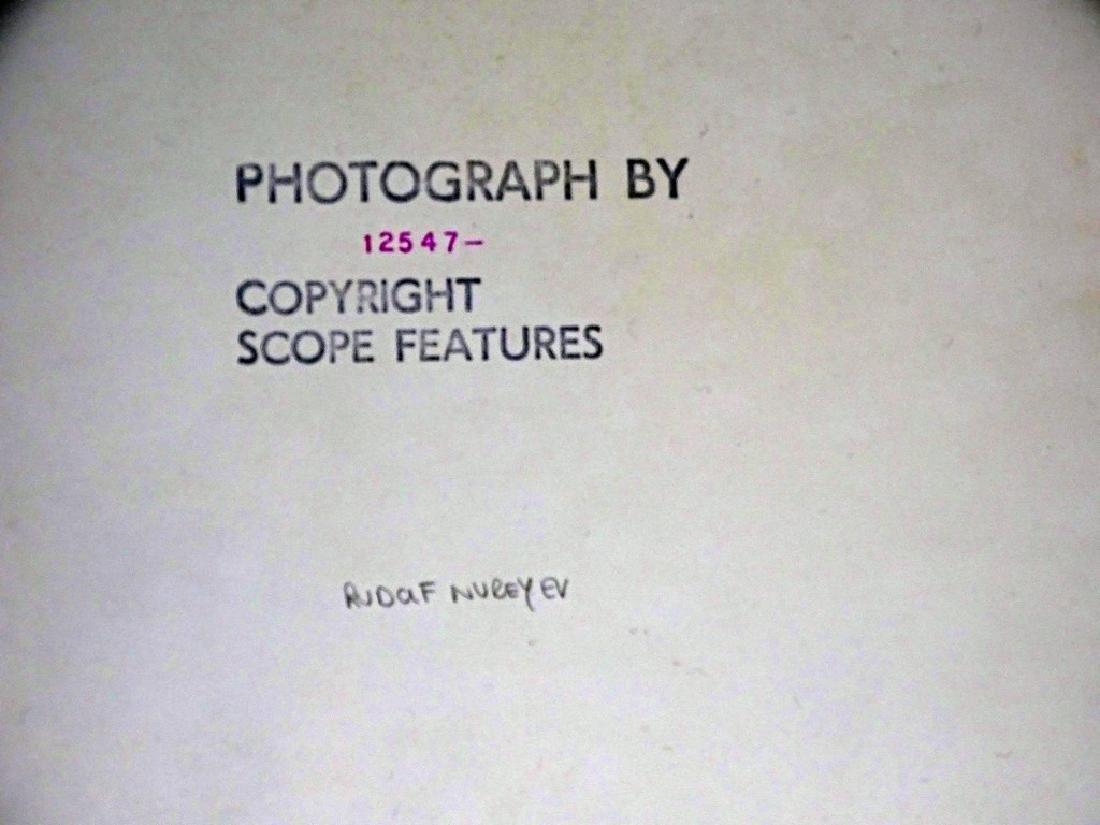 Rudolf Nureyev Scoper Features 1970's Gelatin Print - 3