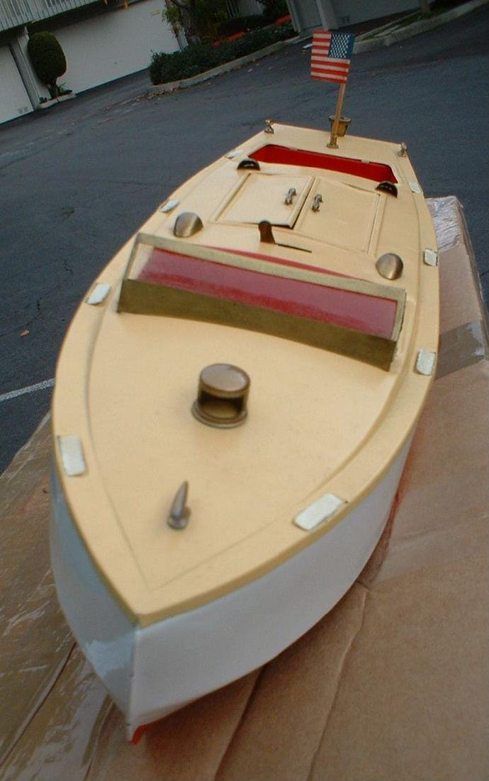 """Late 1950's 18"""" Lionel Craft Speedboat"""