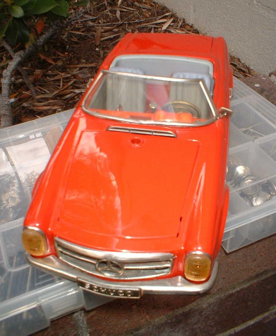 Schuco Real 5500 Mercedes 230 SL