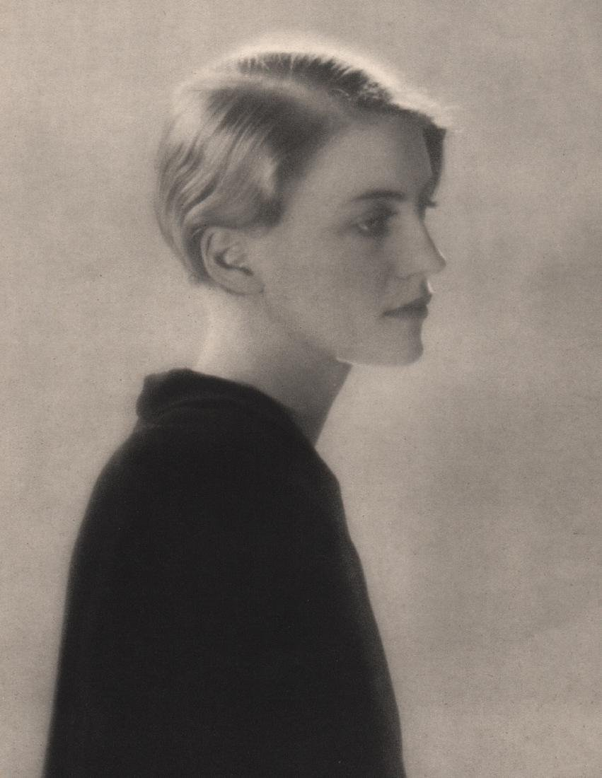 MAN RAY -  Lee Miller, 1930