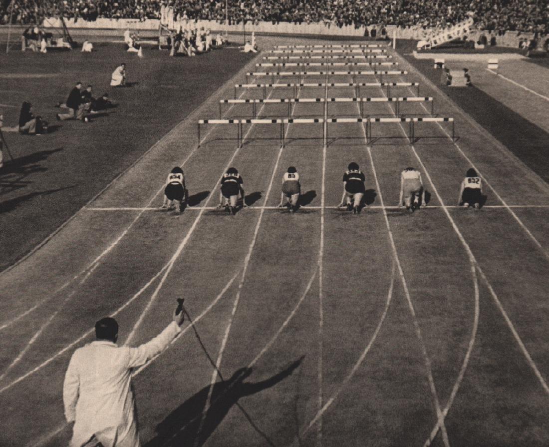 LENI RIEFENSTAHL - Start of the 80 m hurdles