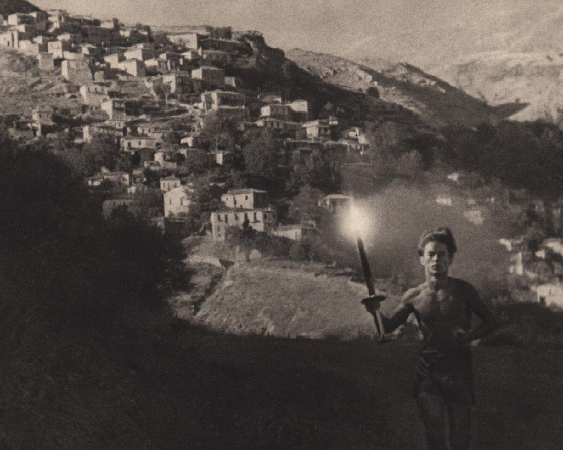 LENI RIEFENSTAHL - Through towns & villages