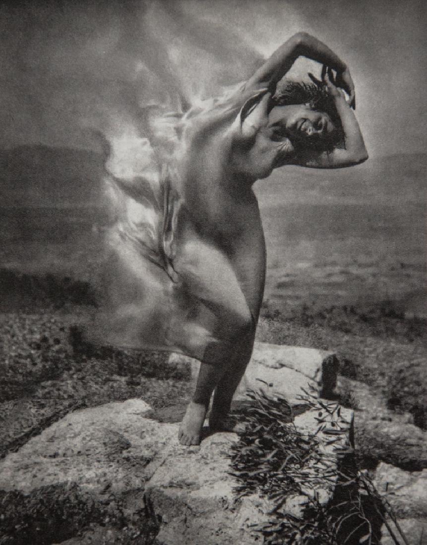 EDWARD STEICHEN - Therese Duncan on the Acropolis, 1921