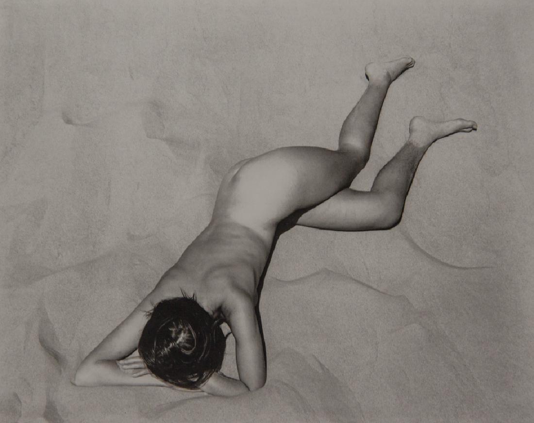 EDWARD WESTON - Nude on Sand Dune, 1936