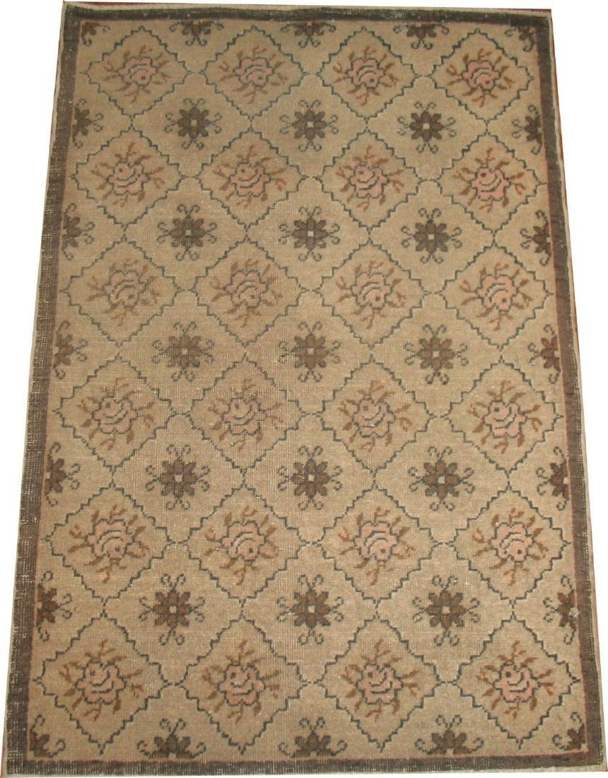 Vintage Lovely Floral Turkish Keyseri Rug 2.6x3.9