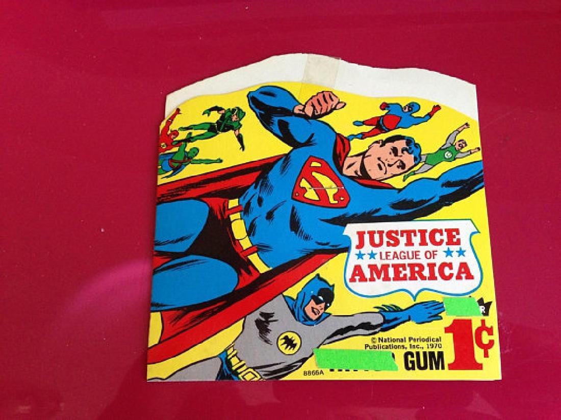Vintage Justice League Candy Vending Machine Card