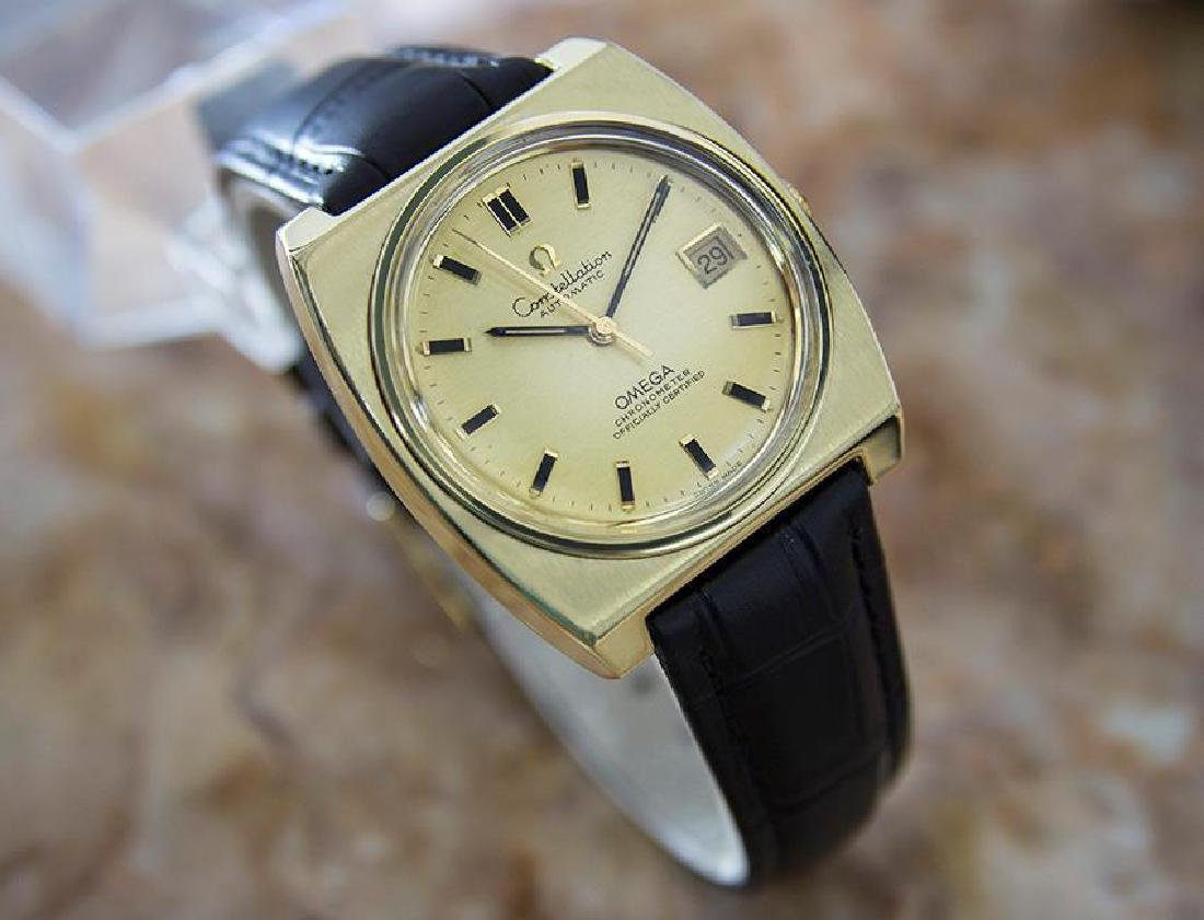 Omega Constellation Cal 1001 Gold Cap Gold Bezel 1970s - 3