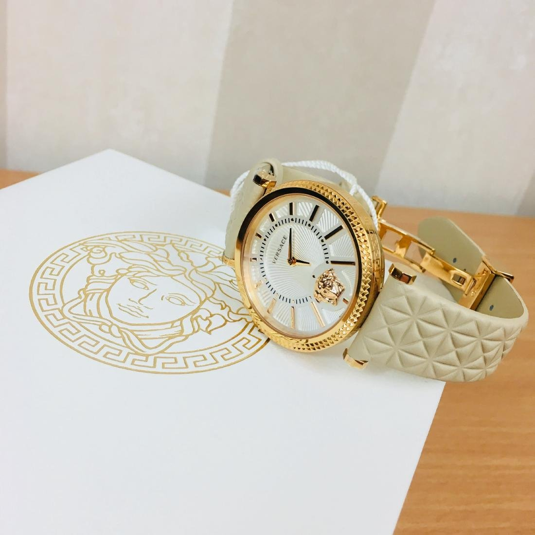 VERSACE V-HELIX Swiss Made Ladies Luxury Watch - 5