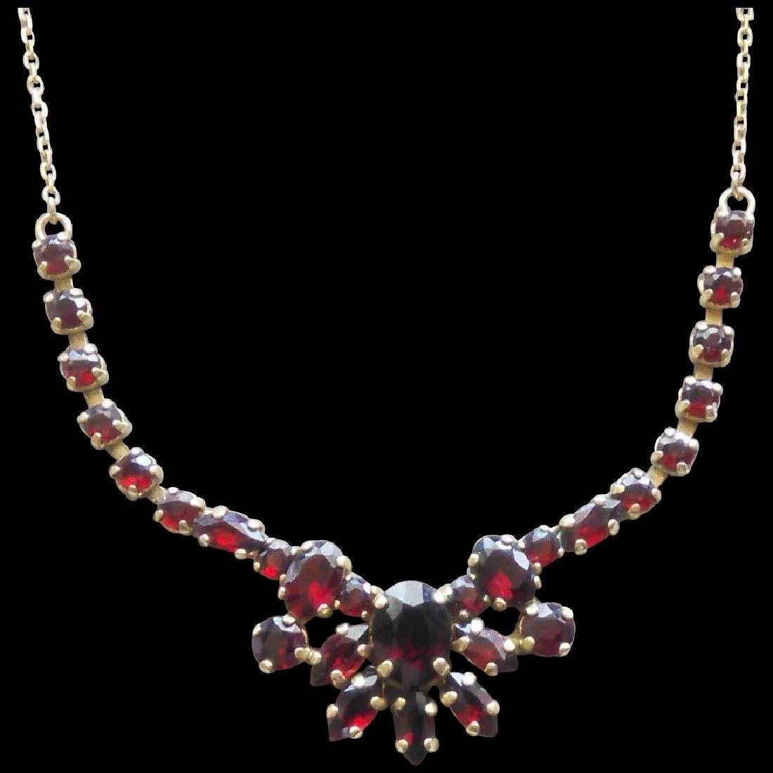 Vintage 24K Yellow Gold Red Garnet Necklace