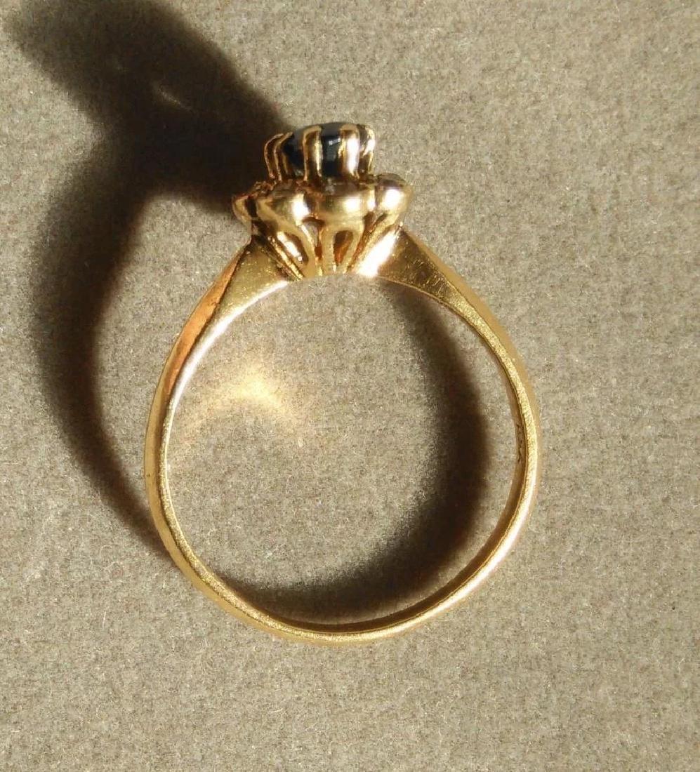 18K Yellow Gold Blue Sapphire Ring - 5
