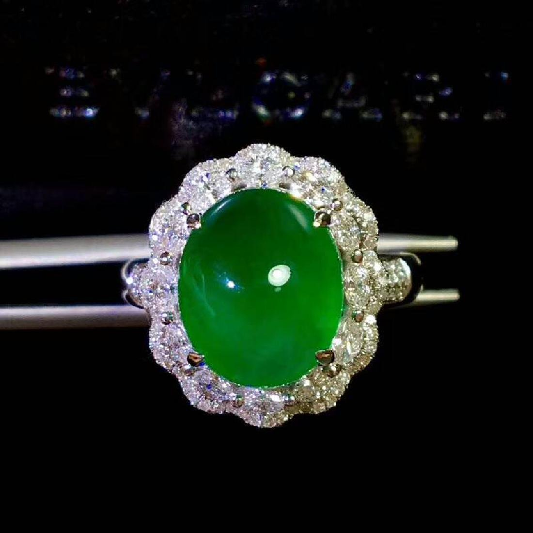 6.9ct Emerald Ring in 18kt White Gold