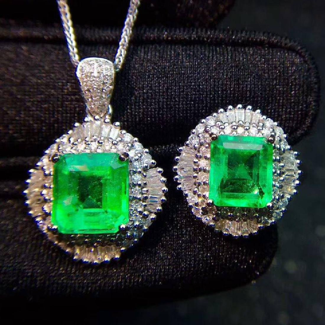 Two Pieces of Emerald jewelry Set,5.2CT