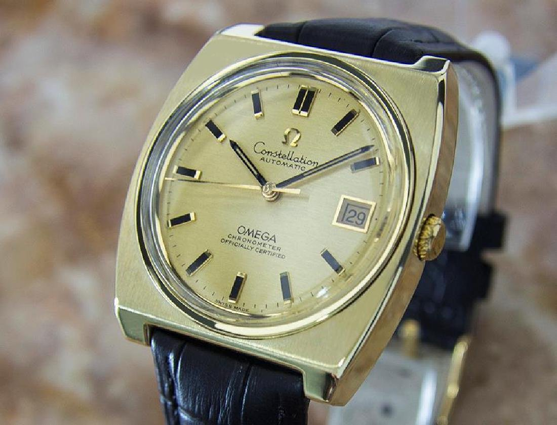 Omega Constellation Cal 1001 Gold Cap Gold Bezel 1970s