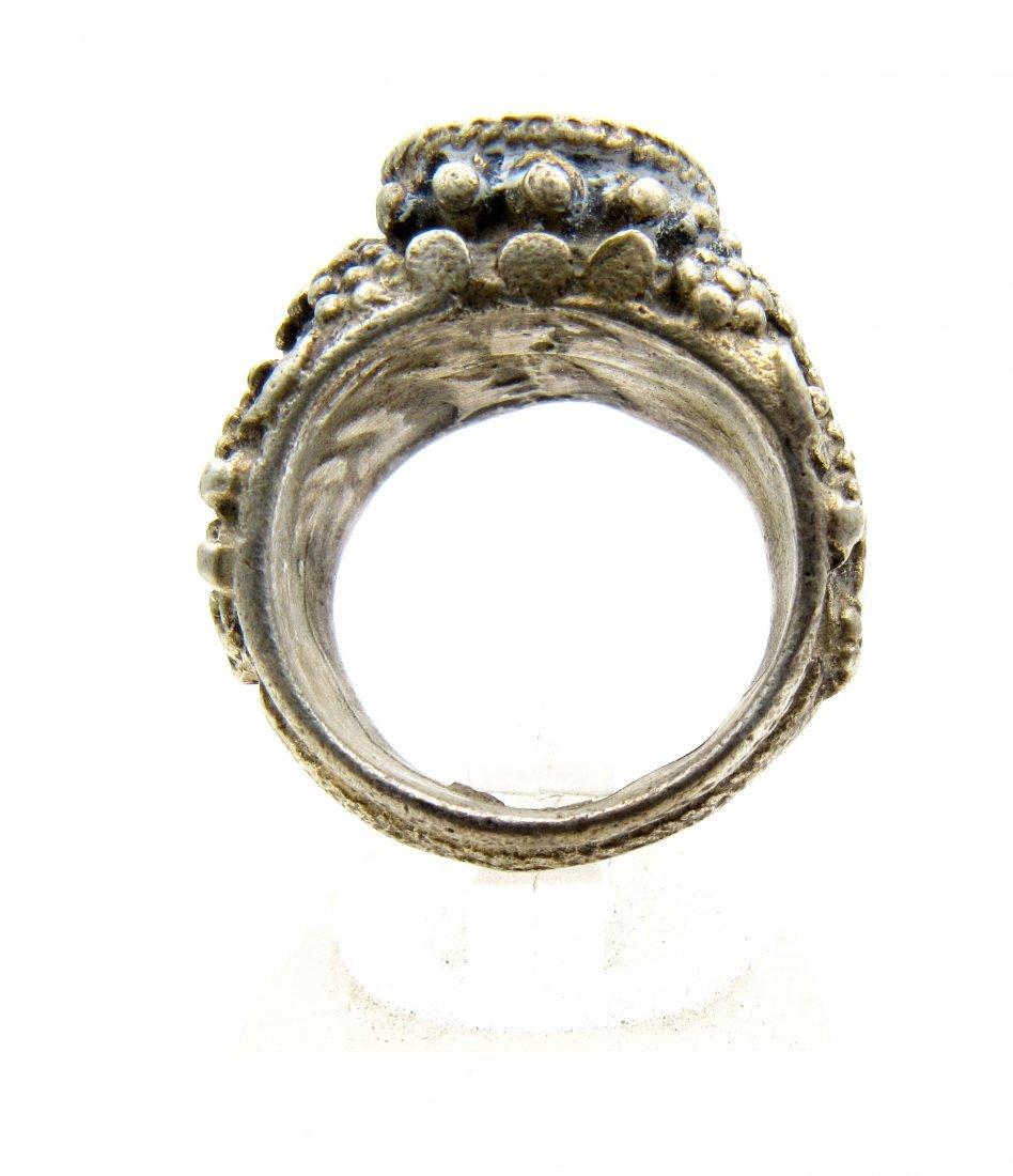 Wearable Post Medieval Lapis Lazuli Intaglio Ring - 2